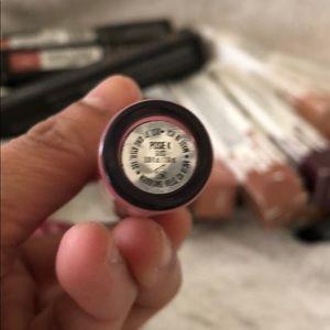 Kylie Cosmetics Makeup - kylie gloss